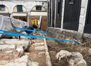 Restoration works on the Rialto bridge