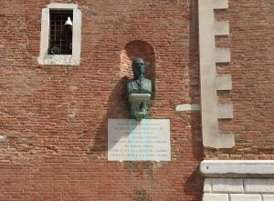 Bust of Dante Alighieri near the gate of the Arsenale of Venice